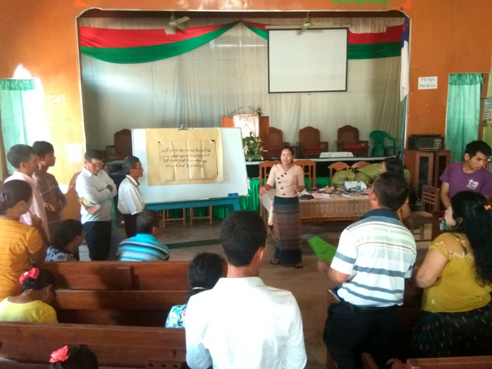 Training-and-workshop-on-land-rights3